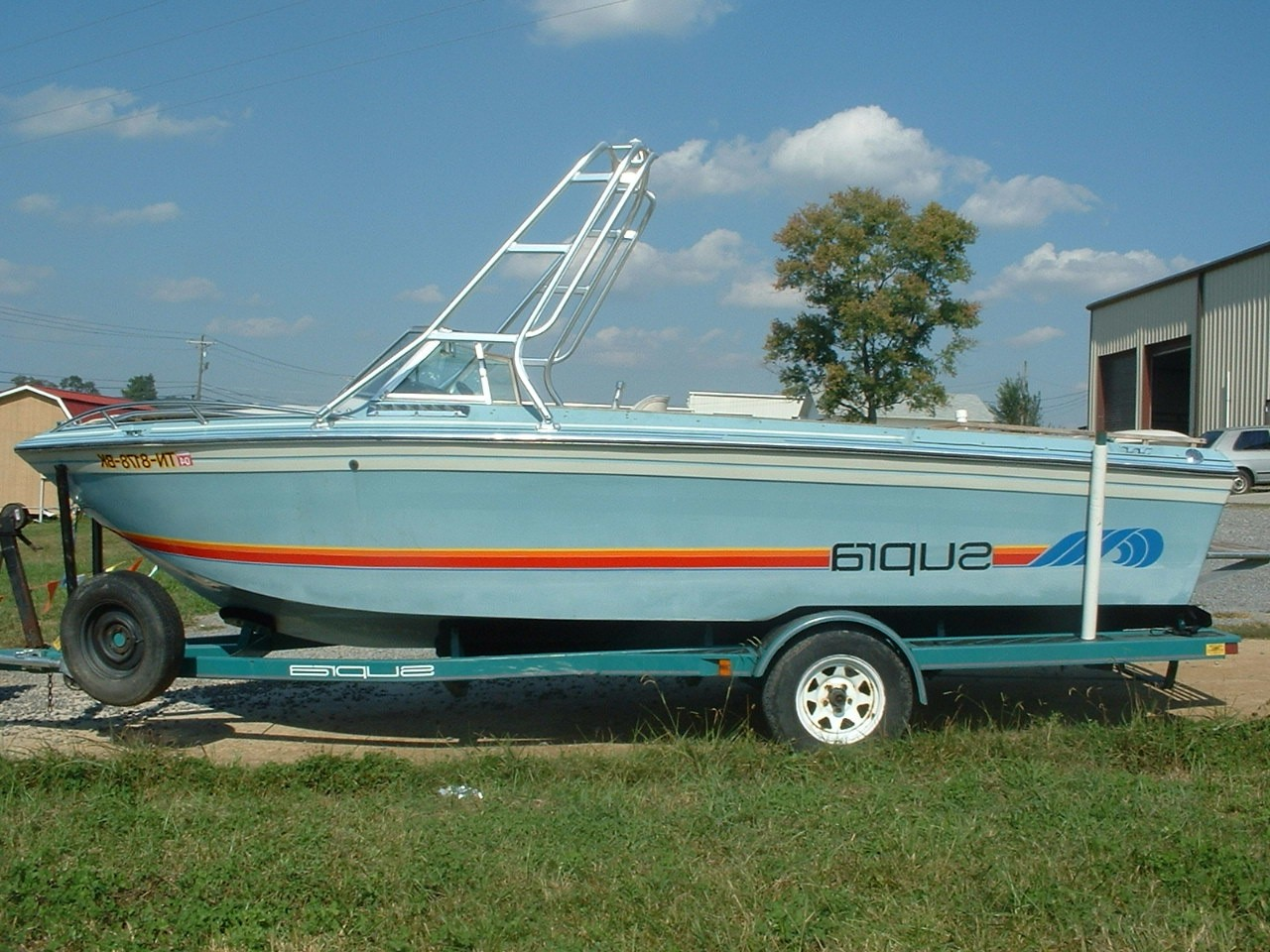 main image of 85 supra sunsport boat with new dimension tower