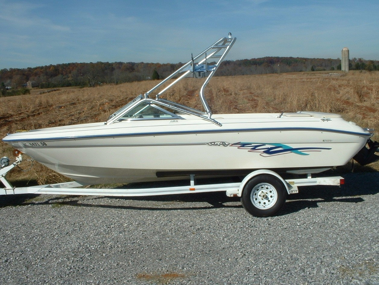 main image of new dimension wakeboard tower on 95 sea ray 195 bowrider wake boat