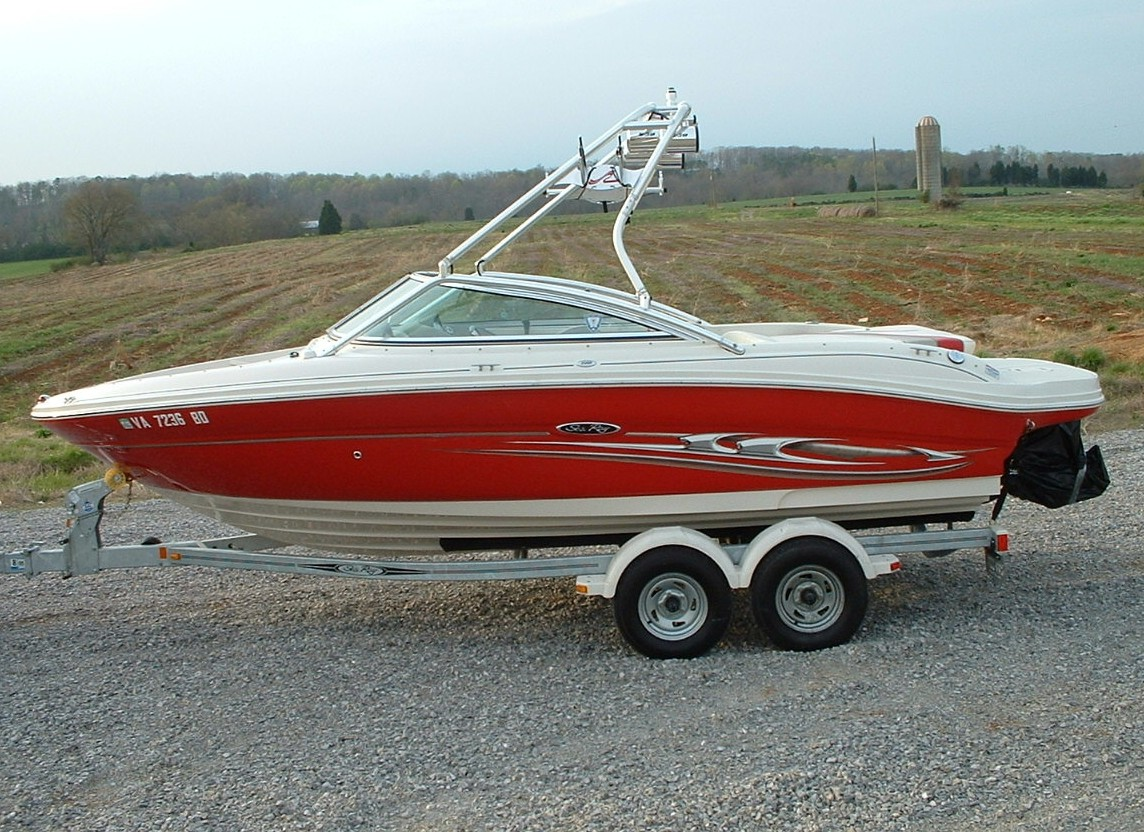 main image of 04 sea ray select 200 with wakeboard tower from new dimension towers