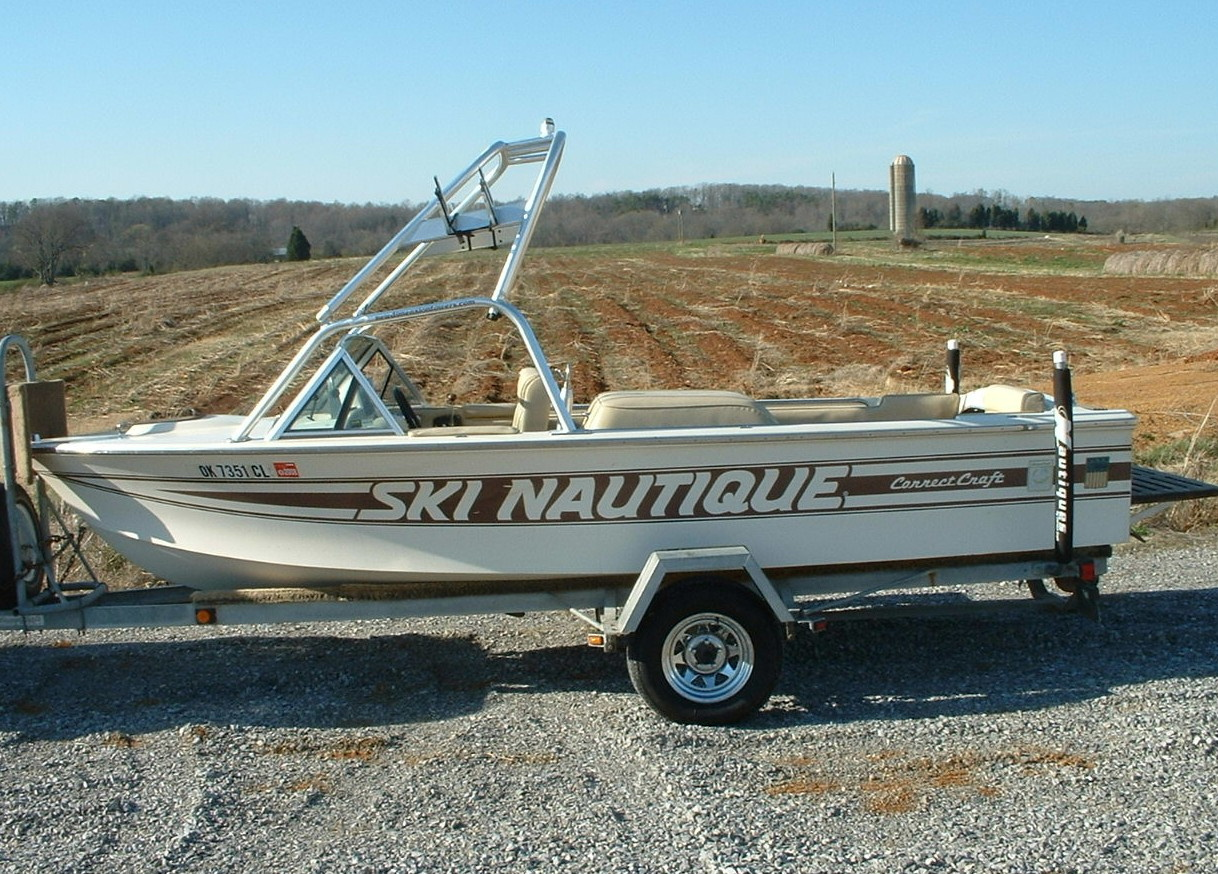 main view of 76 - 81 ski nautique with new dimension towers wakeboard tower