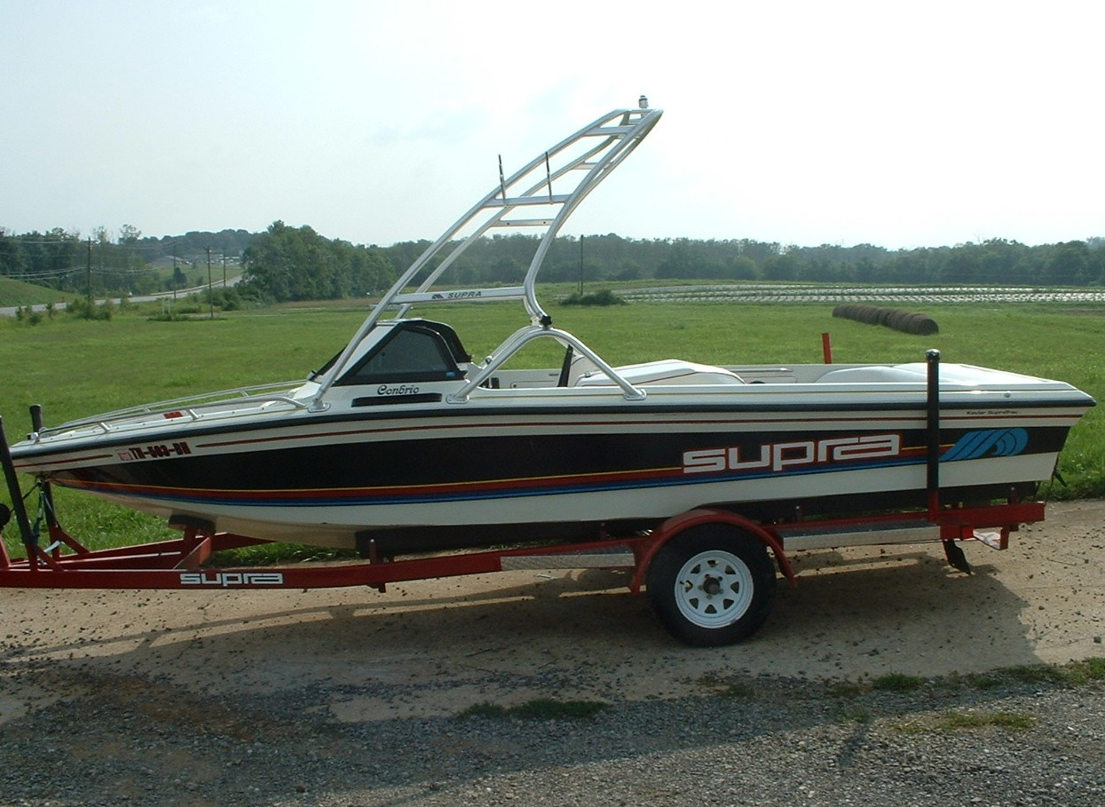 main image for 89 - 91 supra conbrio wake boat with new dimension towers wakeboard tower