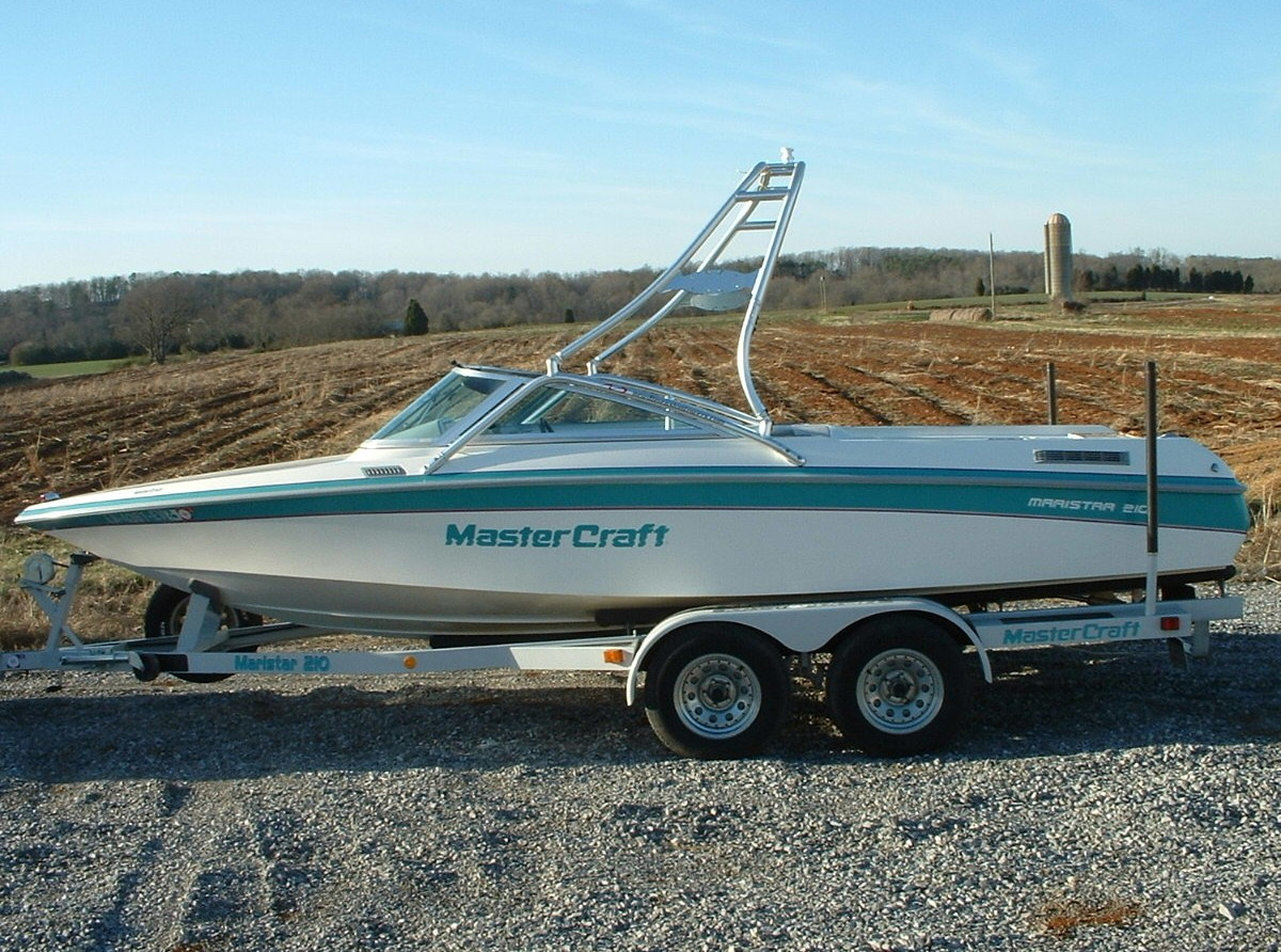 main view of 90 - 92 mastercraft maristar 210 with new dimension towers wakeboard tower