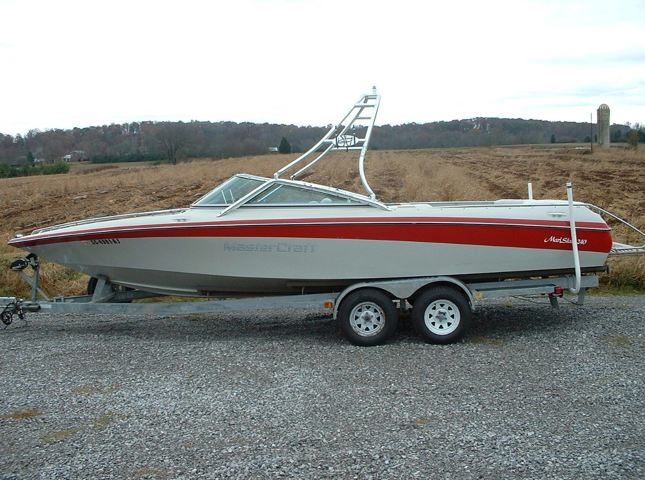 main view of 90 - 92 mastercraft maristar 240 with new dimension wakeboard tower