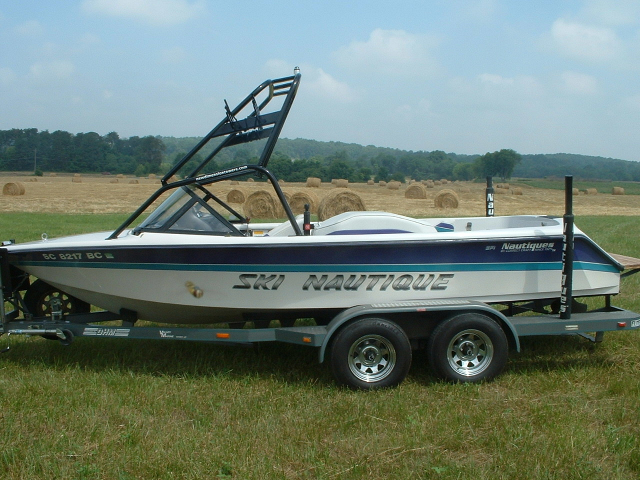 main view of 90 - 96 ski nautique wake board boat with new dimension tower