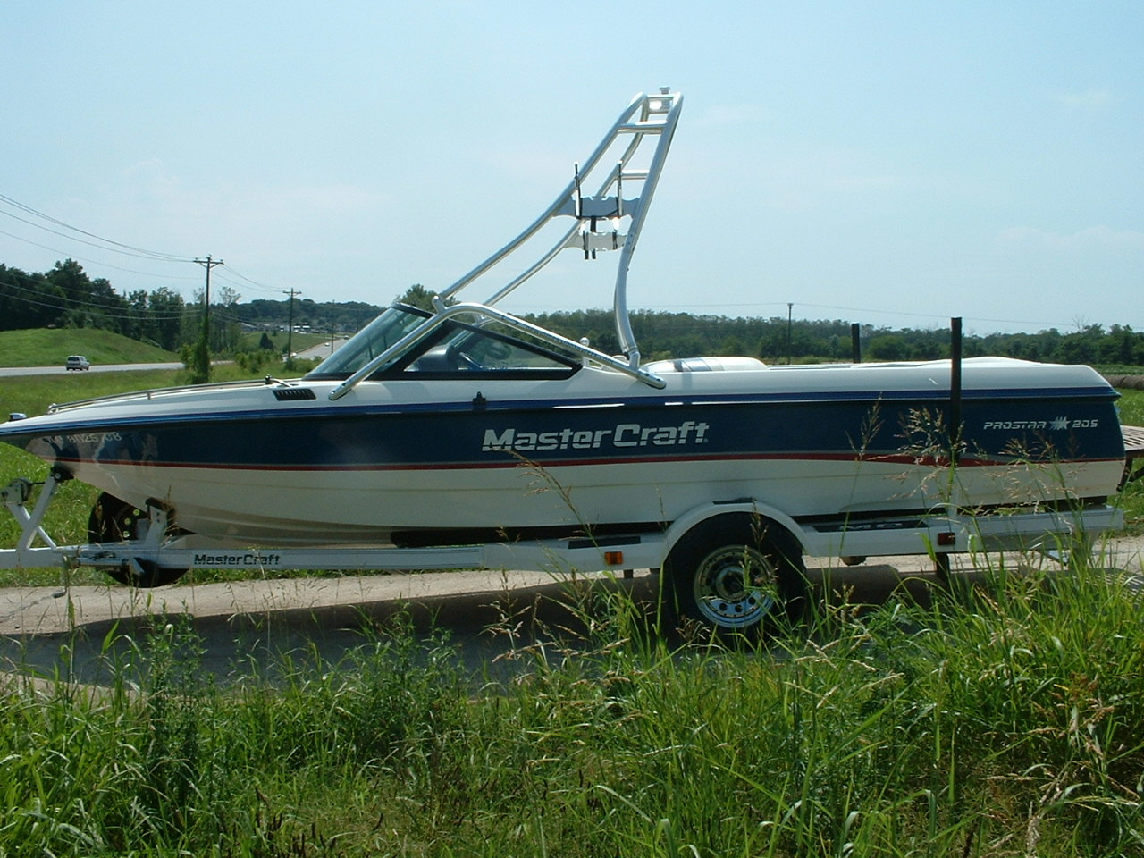 main view of 92 - 95 mastercraft prostar 205 with new dimension wake tower