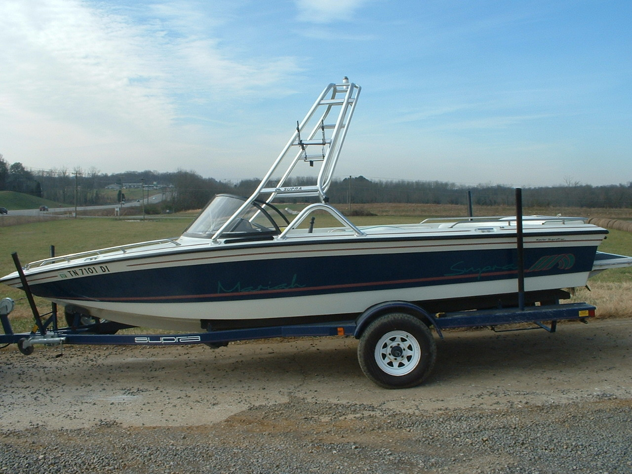 main image of 92 - 97 supra mariah wake boat with new dimension towers wakeboard tower