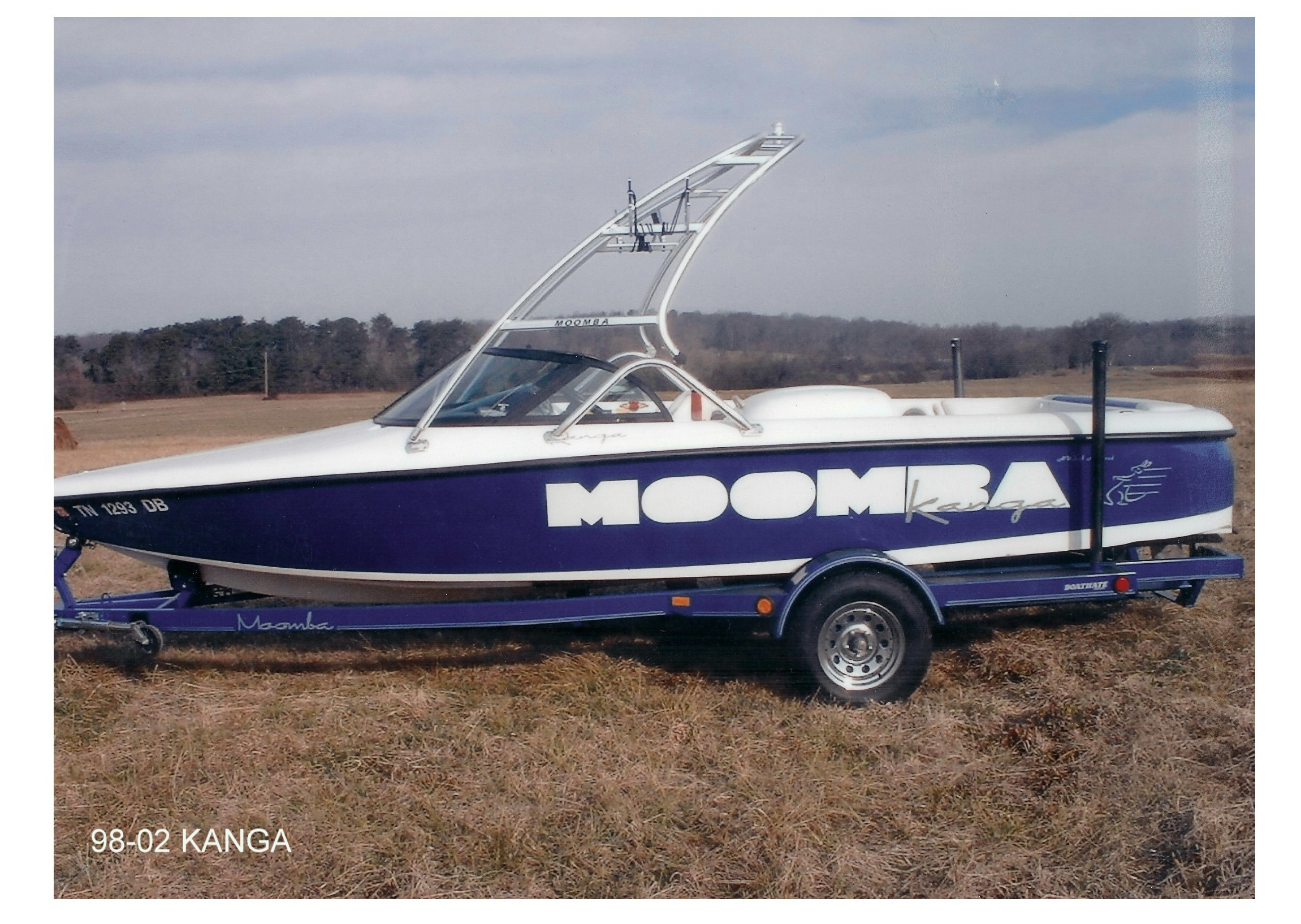 main view of 98 - 02 moomba kanga with new dimension wakeboard tower