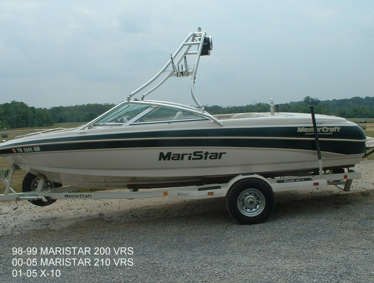 main view of 98 - 99 mastercraft maristar 200 with new dimension towers wakeboard tower