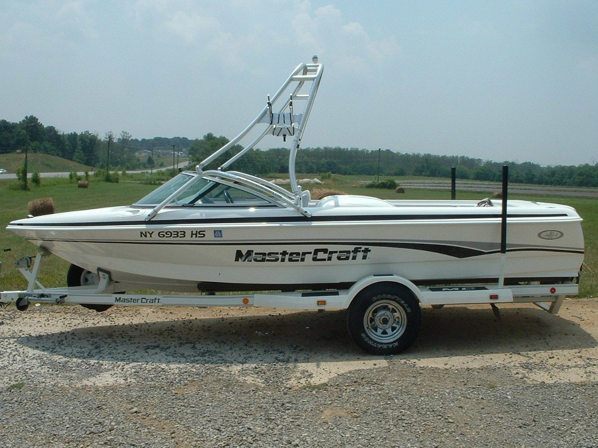 main view of 99 - 00 mastercraft prostar 190 with new dimension tower